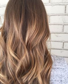 Pretty color w more blonde at ends