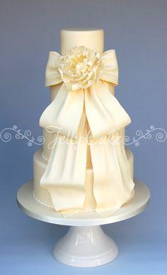 Big cascading bow cake