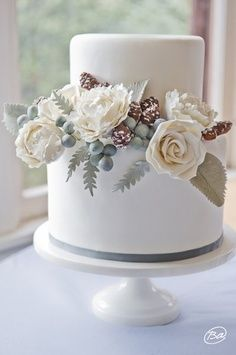 winter bridal shower cakes - Google Search