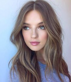 Ashy browns are great for those with cool undertones #fairskin #hairfashion #brownhair #brownhairwithhighlights