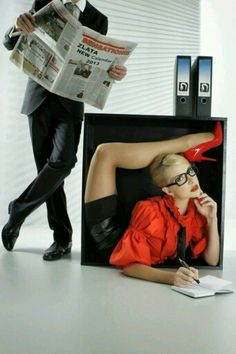 Think YOU are being overstretched in the office? Female contortionist brings new meaning to the term flexible working in incredible calendar shoot Flexible Girls, Flexible Working, Bizarre News, Russian Culture, Richard Gere, Office Set, Weird Pictures, Gym Girls, Julia
