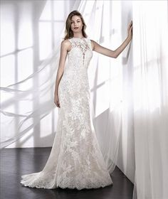 San Patrick 2018 Wedding Dresses - World of Bridal Wedding Dress With Veil, Amazing Wedding Dress, San Patrick, House Dress, Fashion Group, Chantilly Lace, Designer Wedding Dresses, Bridal Collection, Bridal Gowns