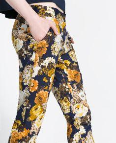 Vintage Rose Flower Floral Print Slim Tight Trousers Pants Legging S M L Floral Fashion, I Love Fashion, Fashion Prints, Fall Fashion, Printed Trousers, Trouser Pants, Zara Women, Apparel Design, Skinny Pants