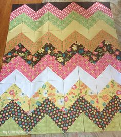 Easy Peasy Chevron Quilt Tutorial, I'm going to try this with light and dark jeans, a chevron Jean quilt...can wait to try it!