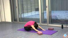 Clase de yoga para estirar tu espalda y descansar mejor - Yogahora.com