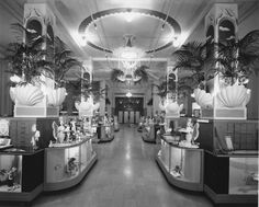 Bullocks Department Store, Los Angeles, 1907-1996