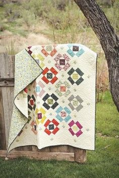 Fat Quarter Shop's Jolly Jabber by ashleyw Can't find the original pattern or article on this, argh
