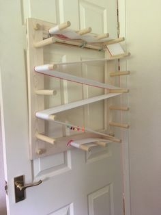 My warping board fits well on to the back of an internal door using 3 coat hooks Weaving Tools, Loom Weaving, Textiles, Baby Wraps, Weaving Patterns, Internal Doors, Coat Hooks, Home Organization, Woodworking Projects