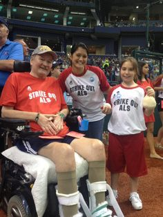The Brown Family attend a Tampa Bay Rays ALS Awareness Night. Image courtesy of the Florida Chapter