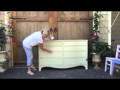 blue egg brown nest Annie Sloan clear wax and rag tutorial