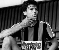 Jari Litmanen, Reipas Lahti (1987–1990, 86 apps, 28 goals), 1989 Liverpool Fc, Football Players, Finland, Kids Playing, Athlete, Black And White, Times, Soccer Players, Historical Photos
