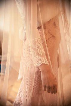 El año pasado descubrí en el perfil de facebook de Helena Mareque, una de mis diseñadoras preferidas, esta foto (la de debajo de este párrafo) de una novia