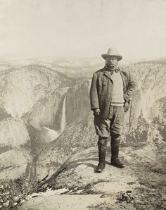 Theodore Roosevelt and nature preservationist John Muir, founder of the Sierra Club, on Glacier Point in Yosemite National Park in Happy public lands day! President Roosevelt, Theodore Roosevelt, Roosevelt Family, Jimmy Carter, John Muir, Us History, American History, History Pics, Yosemite National Park