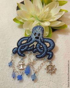 """брошь """"осьминожка"""" - синий,брошь вышитая бисером,осьминог,летнее украшение"""