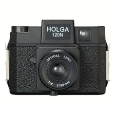 HOLGA 120 N http://www.gizmoshop.jp/products/detail.php?product_id=21