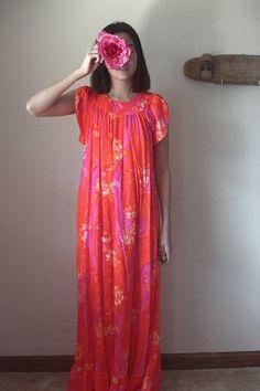 Orange Pink Long Hawaiian Muumuu Maxi Edna by jamessociety. I like the drape of this fabric Hawaiian Muumuu, 1960 Dress, Hawaiian Designs, Festival Chic, Dress Outfits, Dresses Dresses, Boho Girl, House Dress, Dress Patterns