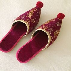 Turkish slippers Adorable never worn bright pink Turkish slippers purchased at the world famous Grand Bazaar in Istanbul. Shoes Slippers