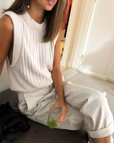 outfit tips style guides High Street Fashion, Street Style, Beige Outfit, Look Cool, Cool Style, My Style, Topshop, Look Fashion, Spring Fashion