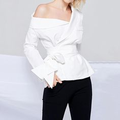 Middle East One Shoulder Pure Color White Long Sleeve OL Shirts look not only special, but also they always show ladies' glamour perfectly and bring surprise. Boho Fashion, Fashion Outfits, Womens Fashion, Boho Summer Dresses, Sexy Shirts, Maxi Dress With Sleeves, White Long Sleeve, Corsage, Pulls