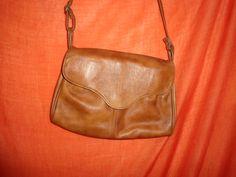 Vintage Handtaschen - Tasche*Vintage*braun*Kunstleder* - ein Designerstück von SweetSweetVintage bei DaWanda