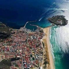 album photo drone gone_kiting_tarifa Tarifa from the air by gone_kiting_tarifa Fly Me. Kite School, Great Pictures, Granada, City Photo, Adventure, Wind Direction, Kitesurfing, Travel Europe, Heart