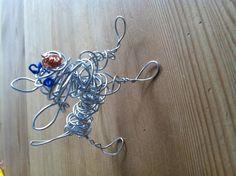 """wire dog art"" aluminium wire, telephone wire"