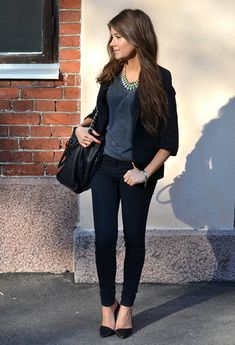 Top and blazer Topshop, jeans Zara, bag Michael Kors, necklace H, bracelets Romwe and DPN