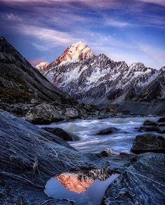 Hotels-live.com/cartes-virtuelles #MGWV #F4F #RT SUBLIME WILDERNESS Feature Credit: @timothypoulton Location: Hooker Valley / Mount Cook New Zealand Please take time to visit this artist's amazing gallery Follow and tag #sublimewilderness Also include the location of the picture by sublimewilderness https://www.instagram.com/p/BC58Ctii3A9/
