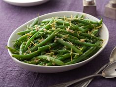 Green Beans with Lemon and Garlic from FoodNetwork.com