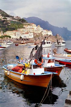 Amalfi, Italy (by Howard Somerville). Loved the Amalfi coast but the most terrifying bus journey I ever went on. Places Around The World, Oh The Places You'll Go, Places To Travel, Places To Visit, Around The Worlds, Amalfi Italy, Amalfi Coast, Dream Vacations, Vacation Spots