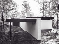 Bigaards Hus from in Lyngbakkevej by Friis & Moltke #FriisMoltke #60svilla #bungalow