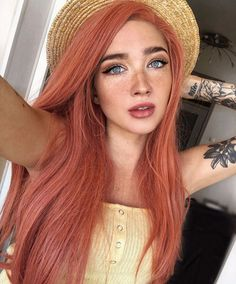 We can not keep our eyes on this hair !: Long and straight hairstyles When long, straight hair is combined, the appearance fascinates us! Could not you love long, straight hairstyles? The most popular. Blorange Hair, Dye My Hair, Curly Hair, Pretty Hairstyles, Wig Hairstyles, Straight Hairstyles, Sleek Hairstyles, Style Hairstyle, Short Haircuts