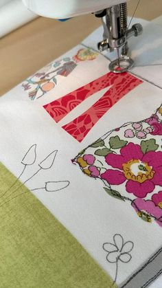 Freehand Machine Embroidery, Free Motion Embroidery, Free Machine Embroidery, Free Motion Quilting, Embroidery Stitches, Hand Embroidery, Free Embroidery Digitizing Software, Simple Embroidery, Sewing Art