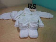 Como tejer botas de trenzas para bebé recien nacido principiantes - YouTube