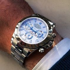 Are you seeking information about luxury swiss watch rolex like looking watches :- Rolex Daytona Gold, Rolex Daytona Watch, Gold Rolex, Men's Watches, Fine Watches, Cool Watches, Amazing Watches, Beautiful Watches, Vintage Rolex