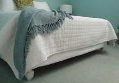 1000 images about box beds on pinterest box springs box bed and platform beds. Black Bedroom Furniture Sets. Home Design Ideas