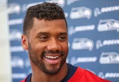 russel wilson nfl hairstyle
