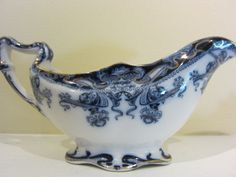 ♥ ~ ♥ Blue and White ♥ ~ ♥ Royal Staffordshire Flow Blue Gravy Boat Flow Blue China, Blue And White China, Love Blue, Gravy Boats, Royal Stafford, Chinese Patterns, Willow Pattern, Vintage Dishes, China Porcelain