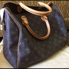 Authentic Louis Vuitton speedy 35 bag Great condition. Authentic. Dust bag included. Lock but no key. Authentic. Louis Vuitton Bags Travel Bags