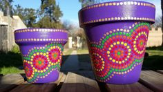 Violeta. Purple. Macetas pintadas a mano. Facebook: A'cha Pots. achafant@hotmail.com