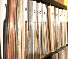 A-Z Vertical Record Dividers w/Lettering on Both Sides Index 33 LPs Vinyl Album/Organization/Organize A to Z Alphabet Alphabetical Cards New Vinyl Records, Lp Vinyl, Record Storage Box, Technics Turntables, Index Cards, Lettering, White Vinyl, Lps, Music