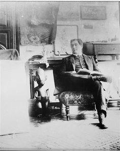 Guillaume Apollinaire photographié par Picasso en 1910