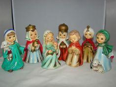 Vintage Rare Korea Cute Porcelain Wise Man Shepherd Nativity Set 7 Pieces
