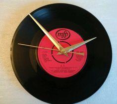 E.T  clock -movie soundtrack  7  vinyl record  clock  gift birthday xmas