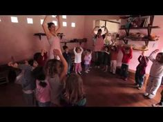 la ronda. Espacio de juegos El Sapo y la Rana. - YouTube Music For Kids, Kids Songs, Folk Music, Curriculum, Musicals, Classroom, Yoga, Youtube, Education