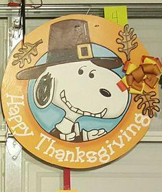 Snoopy Pilgrim door hanger Burlap Door Hangers, Fall Door Hangers, Decor Crafts, Wood Crafts, Snoopy Classroom, Wood Cutouts, Pilgrim, Yard Art, Cut Outs