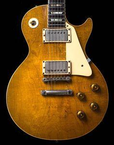 Guitar Pics, Music Guitar, Guitar Amp, Cool Guitar, Acoustic Guitar, Art Music, Gibson Epiphone, Gibson Guitars, Fender Guitars