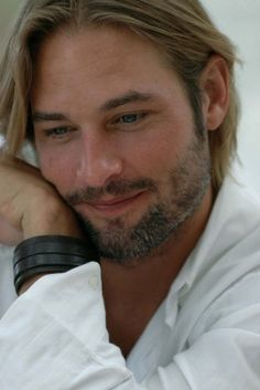 sawyer from lost ..the scruffier the better