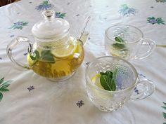 Faire une #tisane #detox #maison : une #recette facile #infusion #boisson