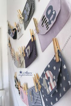 Love to create all kinds of home decorations, interior design, and fashion. Make An Advent Calendar, Crocs, Stars, Inspiration, Holiday, Christmas, Label, Decorations, Illustrations